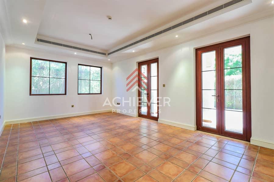 2 Must-See 4BR En-suite Villa | Basement | Vacant