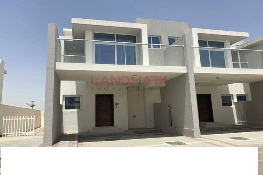 7 Genuine Deal || 3BR Townhouse || VACANT
