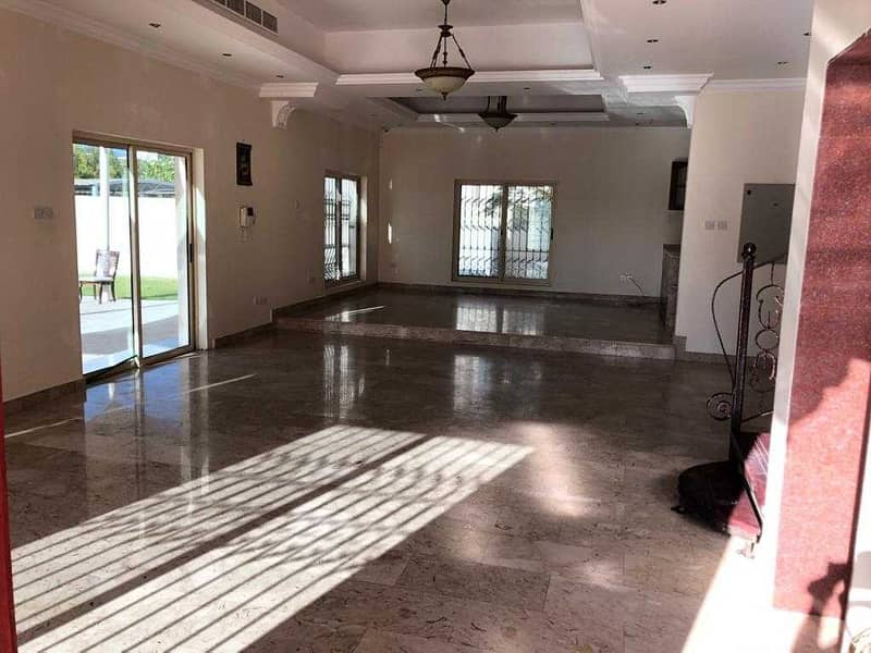 2 5 BR | Private pool |Big Layout | Ready to move in |Corner villa