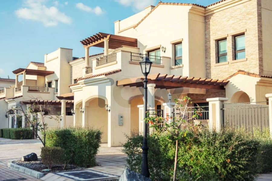 Price with Rent Refundable I High end Luxury and Spacious Villa