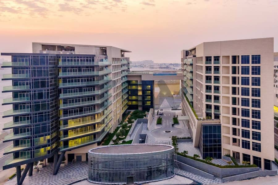 Best Price with Rent Refund I Huge Balcony I Luxury Living