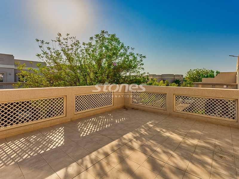 Pleasing Well-Kept-Up Huge Villa with Balcony