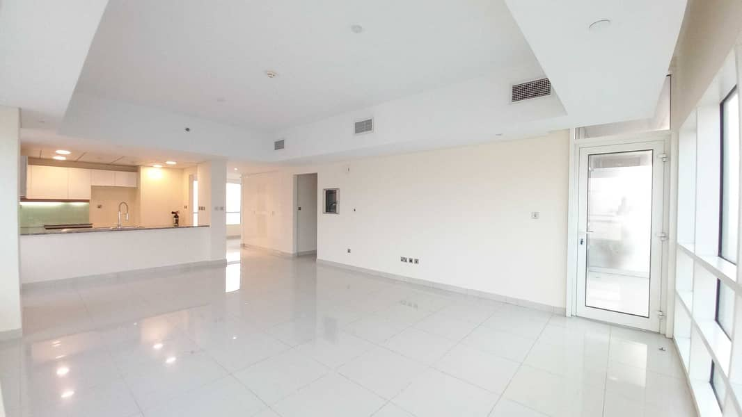 Modern   Spacious   1BR With Amazing  Sea View