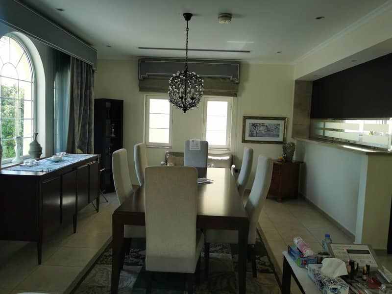 Excellent Location   3bed   Legacy Large  