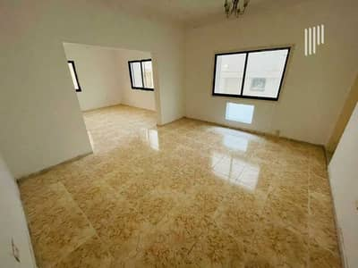 7 Bedroom Villa for Rent in Al Satwa, Dubai - Close to Al Satwa supermarket   easy access to Bus station   Price Negotiable