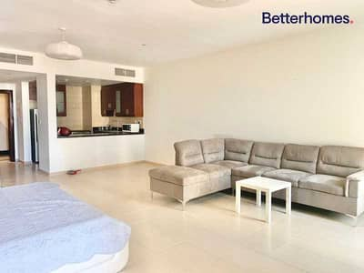 Studio for Rent in Jumeirah Beach Residence (JBR), Dubai - Fully Furnished   Vacant  Large Layout