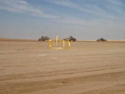 ارض سكنية  للبيع في جنوب الشامخة، أبوظبي - Residential Land for Sale | Corner and 2 Streets