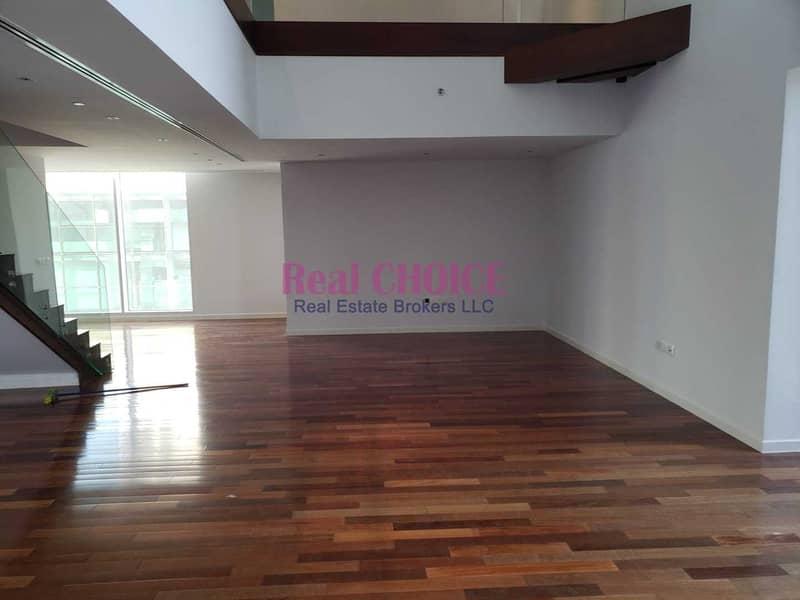 2 Executive 3Bhk Duplex | Maid Room | Sea View