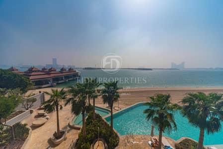 1 Bedroom Flat for Rent in Palm Jumeirah, Dubai - Burj Al Arab View | Waterfront Living | Call Now
