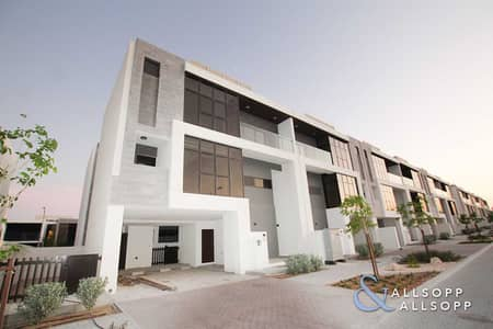 3 Bedroom Villa for Sale in DAMAC Hills (Akoya by DAMAC), Dubai - Brand New Corner Unit   Upgraded Finish   3 Bed