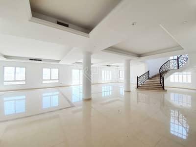 فیلا 6 غرف نوم للايجار في دبي لاند، دبي - فیلا في فلل A ليفينغ ليجيندز دبي لاند 6 غرف 245000 درهم - 5394516