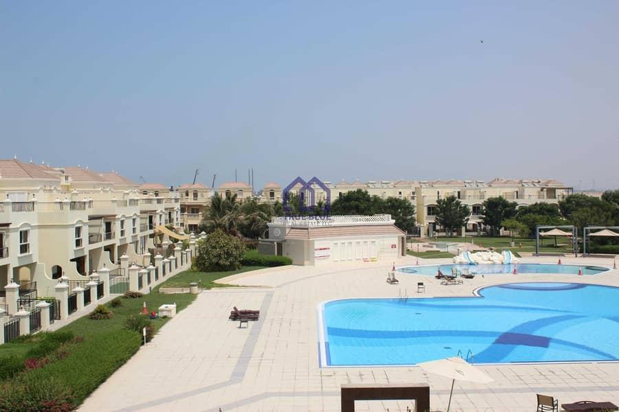 Vacant Bayti Three Bedroom near Swimming Pool