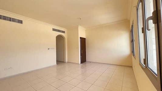 فلیٹ 2 غرفة نوم للايجار في المشرف، أبوظبي - HOTTEST DEAL! FREE ADDC & PARKING -  CLASSY 2BHK W/ TERRACE IN MUSHRIF NEAR NOVOTEL