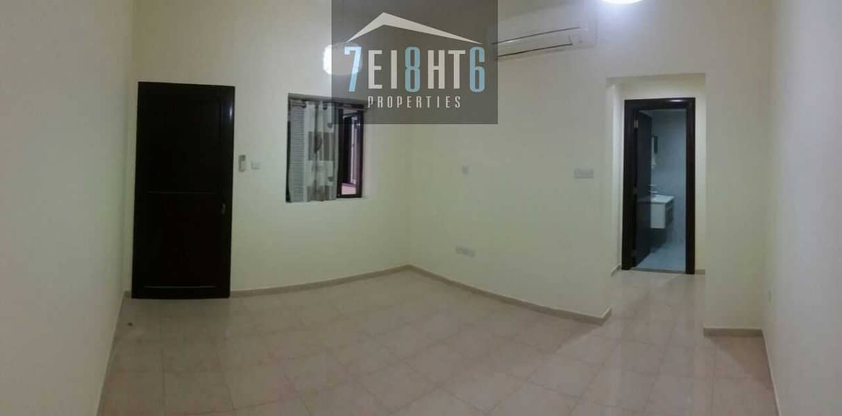 2 Beautifully presented: 3 b/r good quality semi-independent mulhaq for rent in Barsha 3