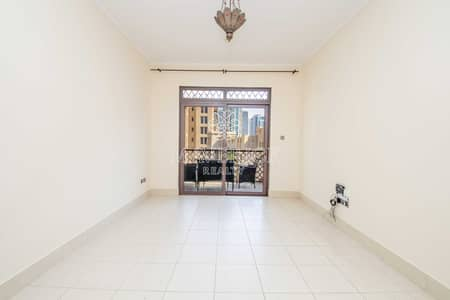 1 Bedroom Flat for Rent in Old Town, Dubai - Chiller Free   Spacious+Bright 1BR   4 Cheques