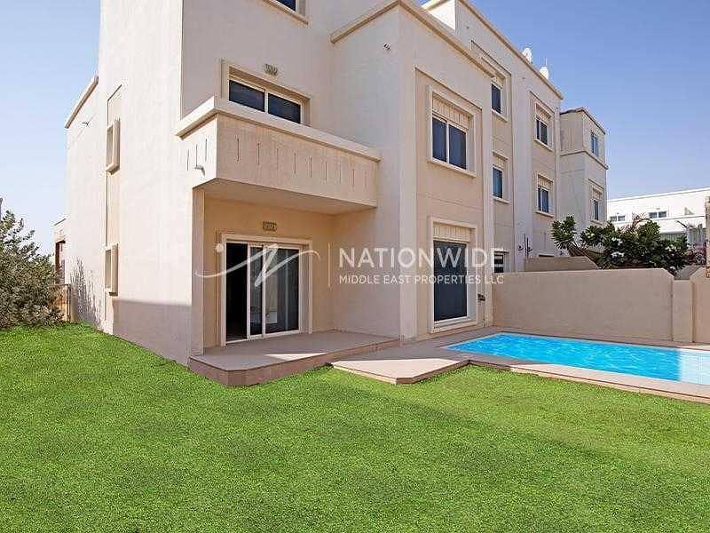 Hot Deal! Corner Arabian Villa with Own Pool