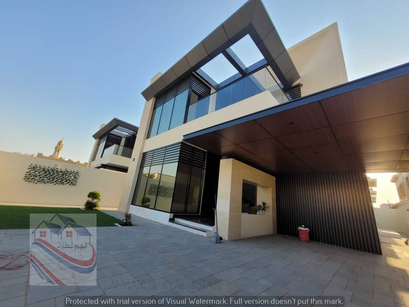With the best modern finishes, you own your dream house, a modern Superdulux finish, in the heart of Ajman, close to all services.