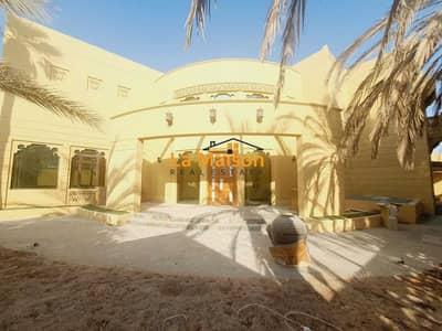 6 Bedroom Villa for Rent in Jumeirah, Dubai - independent 6bhk villa with privet pool & garden in jumeirah 1 rent is 450k