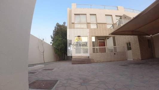 5 Bedroom Villa for Rent in Shakhbout City (Khalifa City B), Abu Dhabi - Luxury Royal 5 BR + M     Garden   Driver   High Finishing