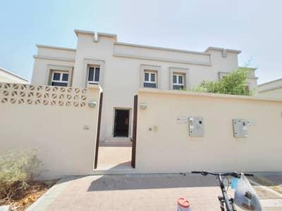 فیلا 3 غرف نوم للايجار في براشي، الشارقة - فیلا في براشي 3 غرف 85000 درهم - 5100482