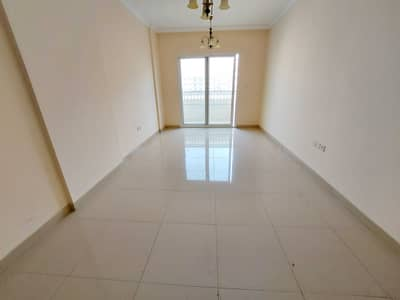 2 Bedroom Flat for Rent in Muwaileh, Sharjah - Hot offer Spacious 2bhk with 2 Month free + Double Balcony + Wardrobes + Coverd Parking + 3 Bathrooms prime location Easy access to Dubai