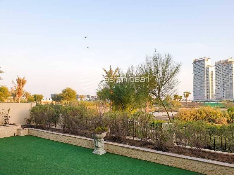 24 VOT   Best Deal   VD-1   Golf View   Large Plot