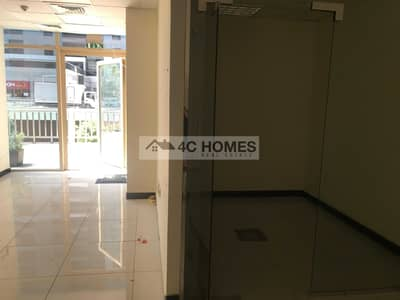 Shop for Rent in Jumeirah Lake Towers (JLT), Dubai - Ready to Move in I Next to Metro I FItted