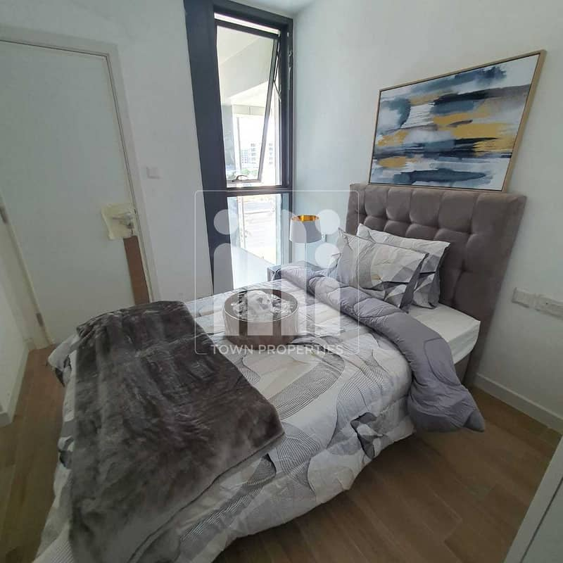 2 HOT DEAL  1 BR TOWN HOUSE   FULLY FURNISHED
