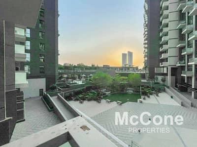 شقة 1 غرفة نوم للايجار في الخليج التجاري، دبي - Furnished | Burj Khalifa Views | Roof Top Pool