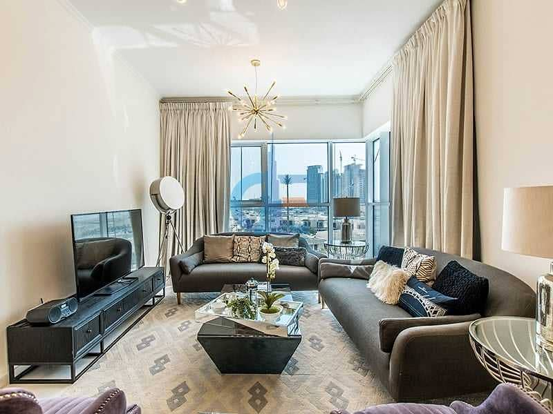 موقع متميز في دبي   جاهز للسكن   خطة سداد لمدة 3 سنوات   4 سنوات رسوم خدمات مجانية   4٪ من رسوم التسجيل العقاري مجانا