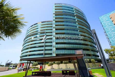 3 Bedroom Apartment for Rent in Al Raha Beach, Abu Dhabi - Step Inside This Elegant Unit With Full Sea View