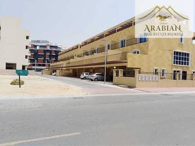 4 Bedroom Townhouse for Rent in Jumeirah Village Circle (JVC), Dubai - Private Garden   Spacious Terrace   Open Kitchen