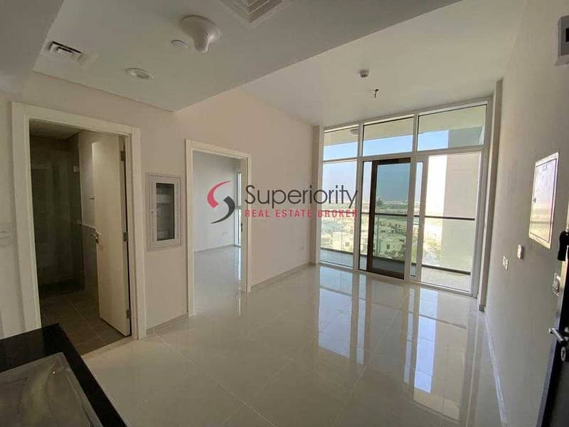 BRAND NEW 1 Bedroom Apartment   Golf  View