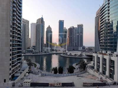 شقة 2 غرفة نوم للايجار في دبي مارينا، دبي - 2B/R Lounge Full Marina View AC and Gas Free Viewing Anytime