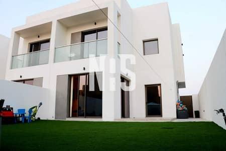 تاون هاوس 2 غرفة نوم للايجار في جزيرة ياس، أبوظبي - Single Row Townhouse with Garden .