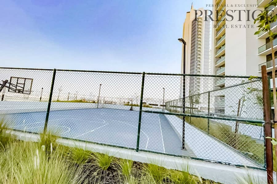 16 25th Floor 2 bed    Brand New   Vacant Open View