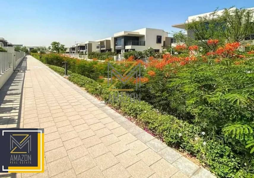 10 Dubai Hills Estate