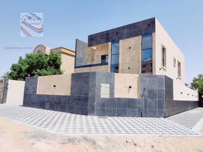 5 Bedroom Villa for Sale in Al Rawda, Ajman - For sale villa on a street corner in the most prestigious areas of Ajman, freehold for all nationalities, close to all services in the Rawda area