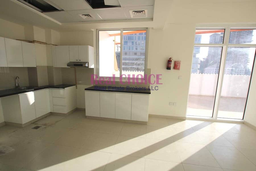 Huge Terrace|Brand New|Vacant|Prime Location