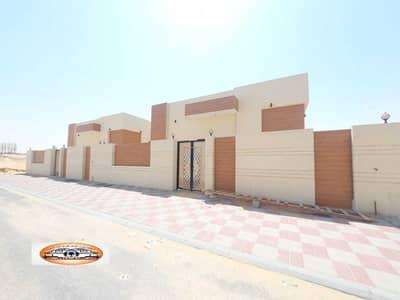 3 Bedroom Villa for Sale in Al Zahya, Ajman - Villa for sale, super duplexes, with the possibility of bank financing