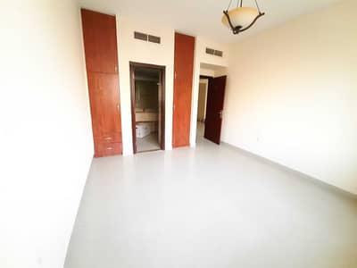 1 Bedroom Apartment for Rent in Muwaileh, Sharjah - 1 Bhk 1100 sqfit + parking 2 washroom masteroom 1 month free only 25k 28k new muwailah sharjah