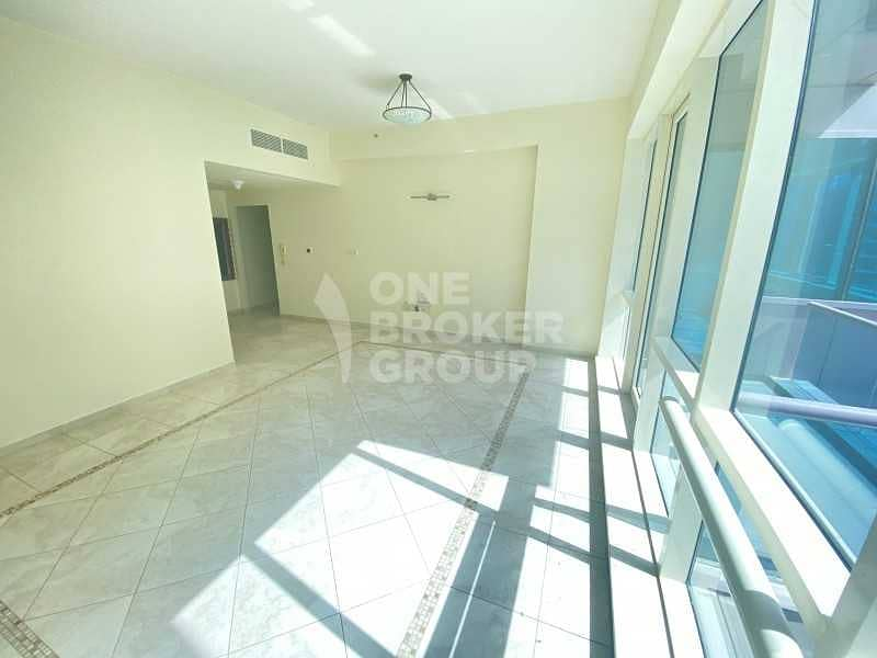 2 Bright | Excellent location | Vacant