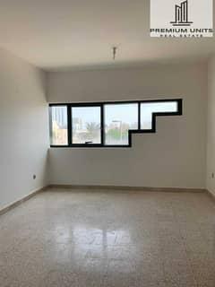 شقة في شارع الوحدة (شارع دلما) الوحدة 2 غرف 48000 درهم - 5413974