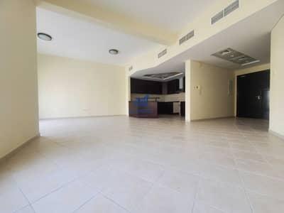 فلیٹ 2 غرفة نوم للايجار في ديسكفري جاردنز، دبي - شقة في جناح ديسكوفري جاردنز ديسكفري جاردنز 2 غرف 51000 درهم - 5389893