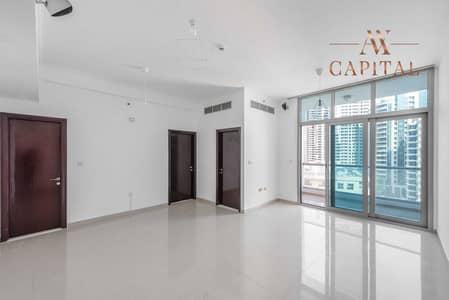 شقة 1 غرفة نوم للبيع في دبي مارينا، دبي - شقة في برج دي إي سي 2 برج دي إي سي دبي مارينا 1 غرف 750000 درهم - 5414382