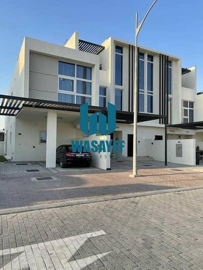 تاون هاوس 3 غرف نوم للايجار في (أكويا أكسجين) داماك هيلز 2، دبي - تاون هاوس في تريكسيس (أكويا أكسجين) داماك هيلز 2 3 غرف 90000 درهم - 5414559