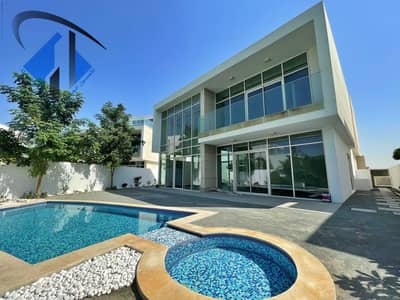 4 Bedroom Villa for Sale in Al Zorah, Ajman - Villa for sale close to the corniche and overlooking the golf courses