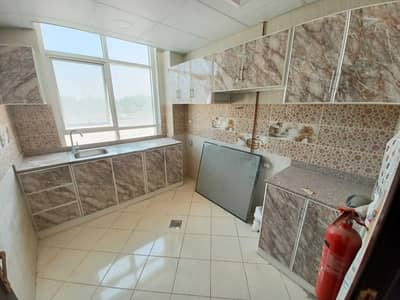 فلیٹ 2 غرفة نوم للايجار في تجارية مويلح، الشارقة - شقة في بناية الحور تجارية مويلح 2 غرف 34000 درهم - 5414867