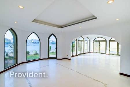 فیلا 4 غرف نوم للبيع في نخلة جميرا، دبي - Atlantis Views | Vacant Now | Atrium Entry