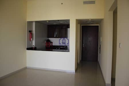 1 Bedroom Apartment for Rent in Al Hamra Village, Ras Al Khaimah - Spacious 1BR Unfurnished Community View  For Rent In Royal Breexe Building